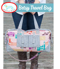 The Betsy Travel Bag - PDF Accessory Pattern by Schnitzel and Boo