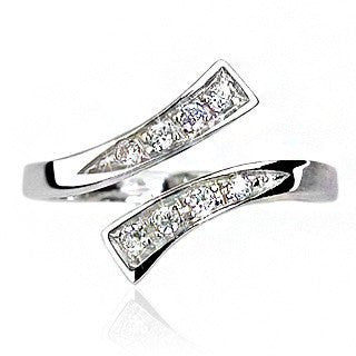Sparkle Toes– Double flared multiple round-cut cubic zirconia sterling silver toe ring