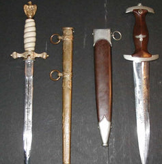 4.Edged Weapons & Accoutrements