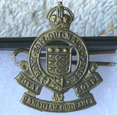 WWII Canadian Insignia