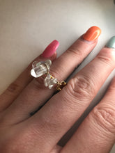Load image into Gallery viewer, Gold Opal Ring