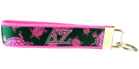 Delta Zeta Scattered Turtles Keychain (SKU 4025 KC)