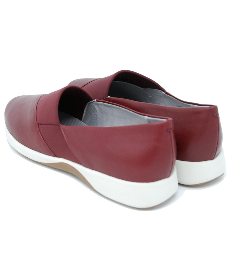 Sava Hana Dark Red Flats