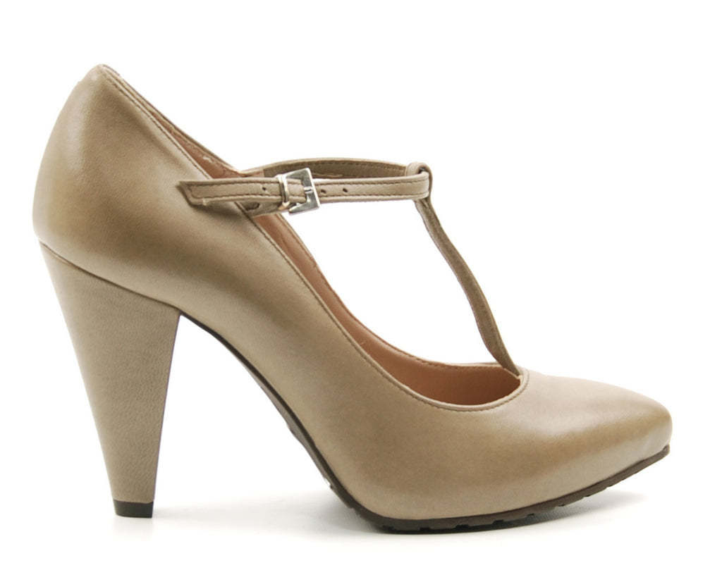 Janet & Janet Harry 843 Dove Leather T-Strap Pump