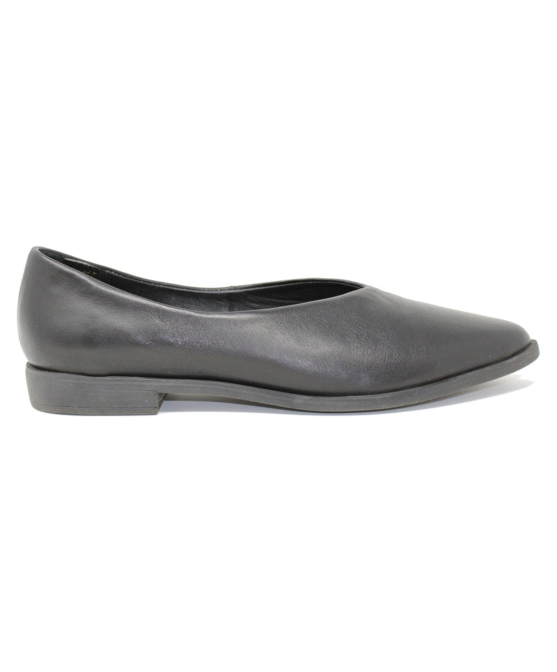 Bueno Billie Black Flat