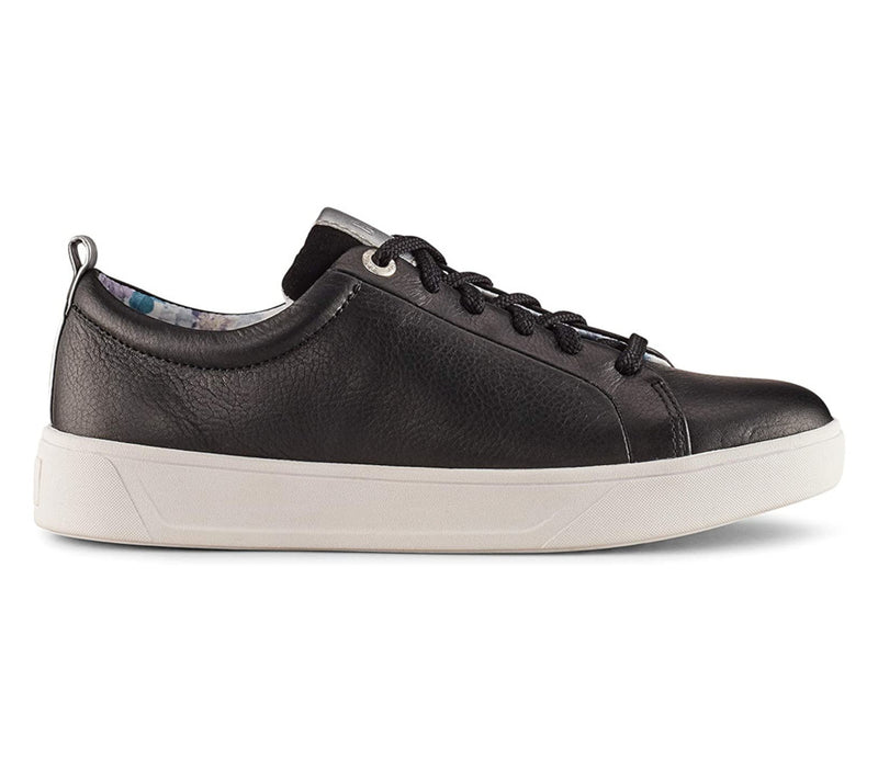 Cougar Bloom Black Sneaker