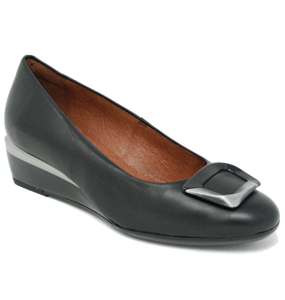 Hispanitas Declan Black Wedge Pump