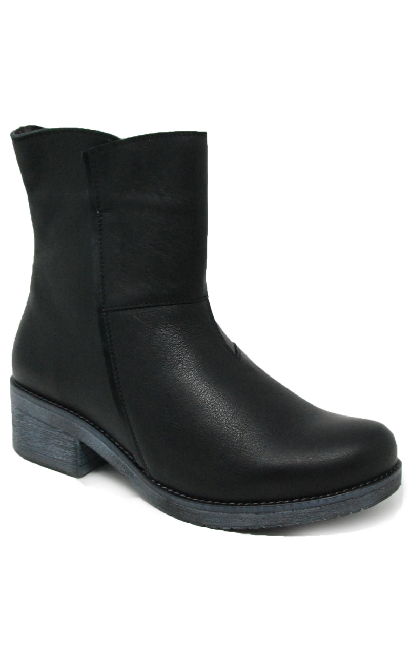 Naot Hipster Soft Black Leather Boot