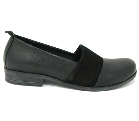 Bueno Isabelle Black Flats