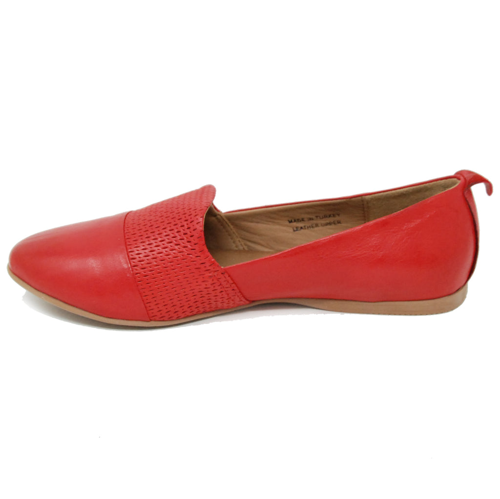 Bueno Katy Red Flat