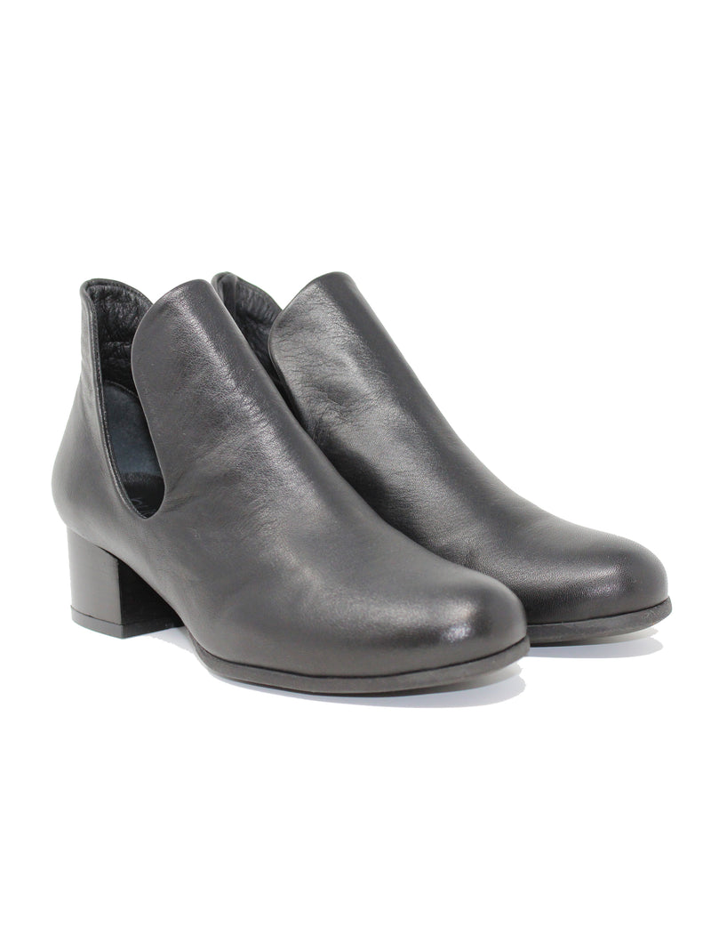 Bueno Mick Black Ankle Boot