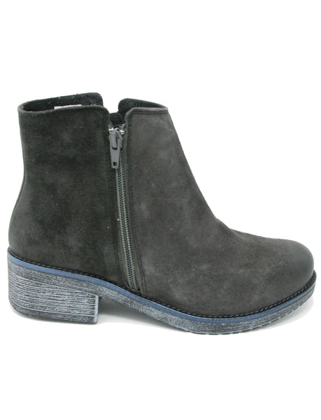 Naot Wander 17609 Midnight Boot