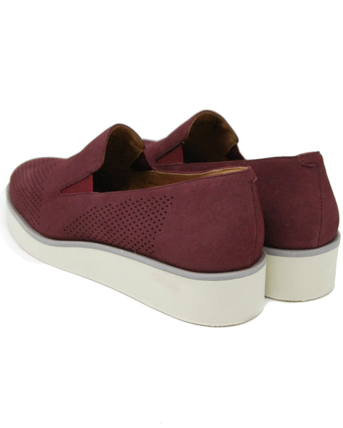 Softwalk Whistle Burgundy Perf Flat