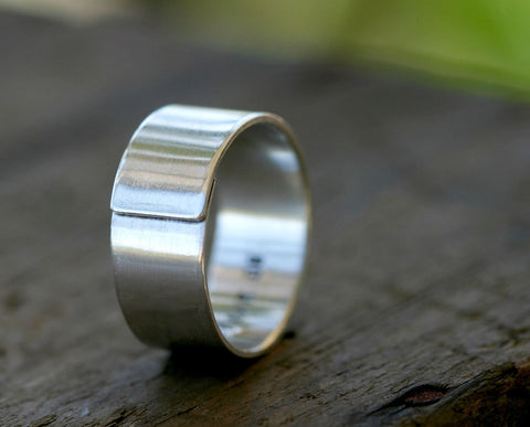 Modern men's wedding band sterling silver wrapped ring (S0319)