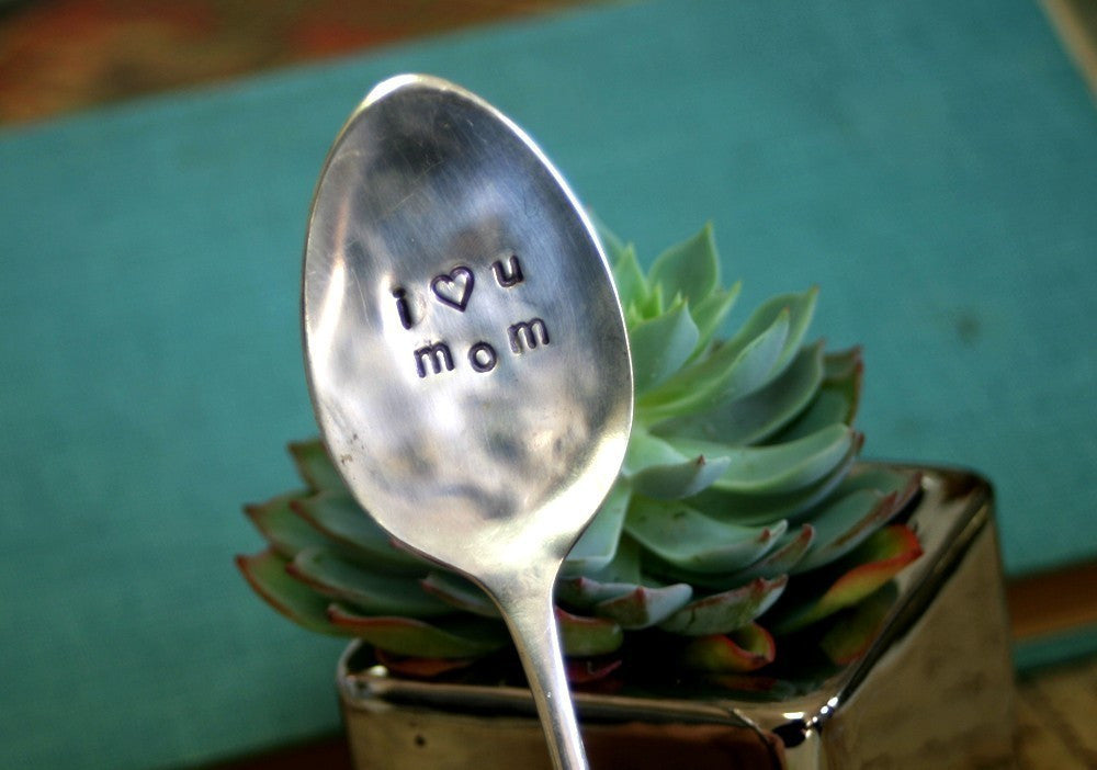I Heart You Mom Stamped Garden Marker (S0200)