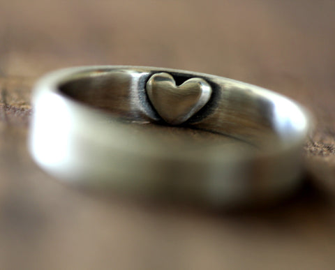 Secret heart womans ring (S0249)