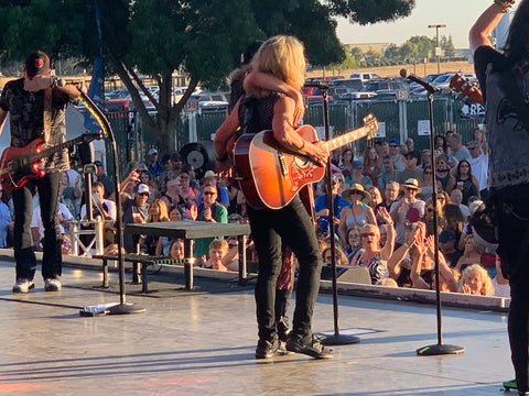 """Tommy Shaw Joins Jack Blades and Night Ranger Onstage for """"High"""