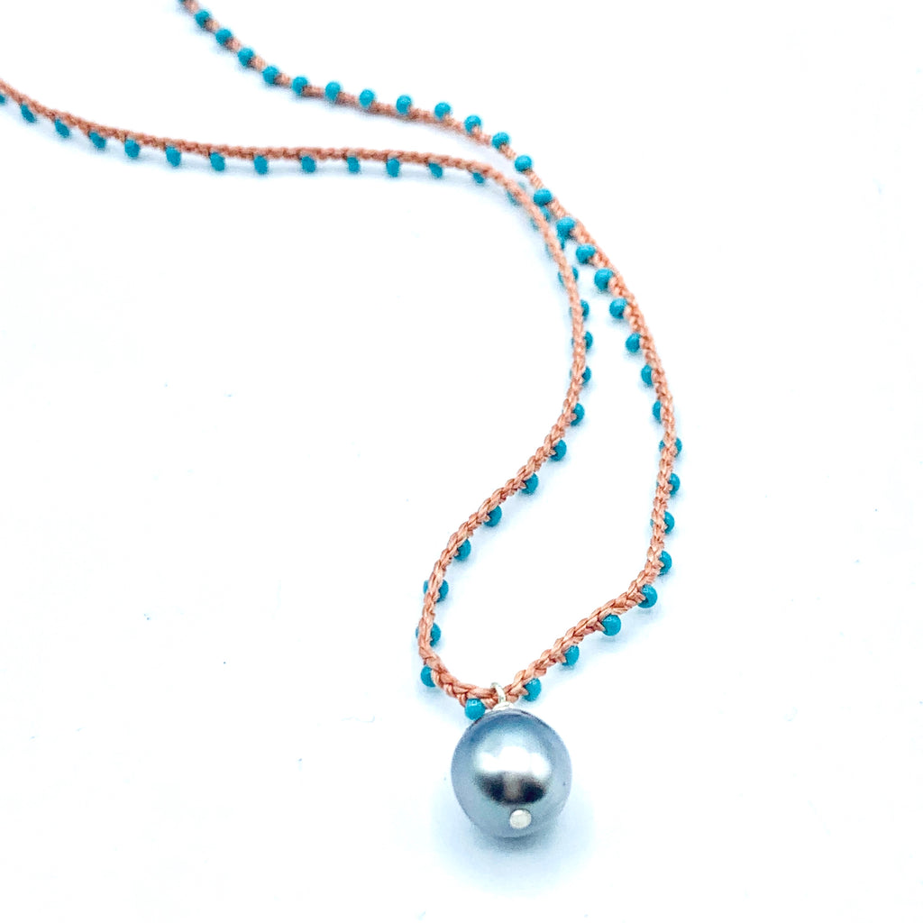 Crochet beaded Tahitian pearl short necklace