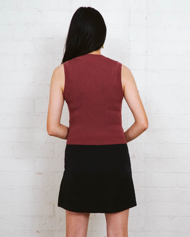 ribbed rust red mock neck cropped sleeveless top