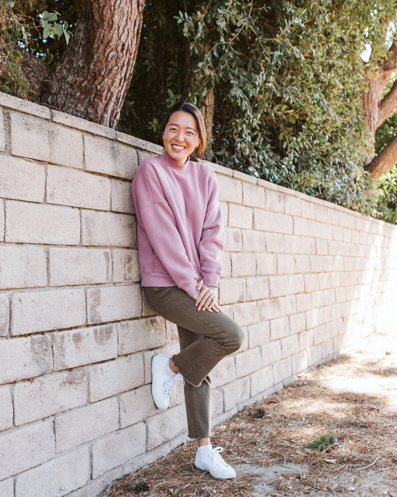 lavender mauve oversized crewneck sweater with pockets