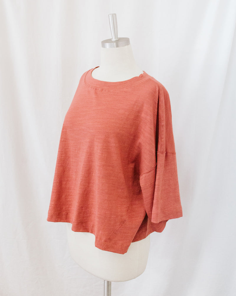 drop sleeve coral round neck cropped top