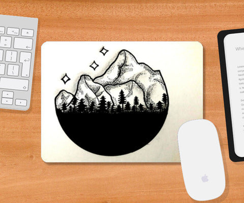 Black And White Mousepad | Artist : Vaishnavi Gajapure