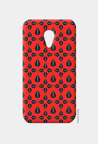 Seamless pattern with leaves on red background Moto G2 Cases | Artist : Designerchennai