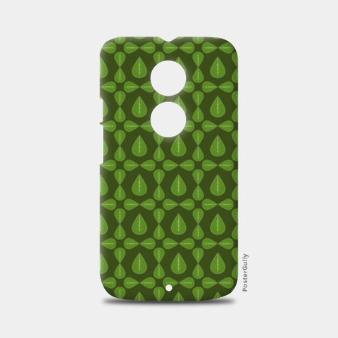Seamless pattern with leaves on green background Moto X2 Cases | Artist : Designerchennai