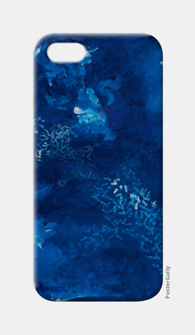 A Winter Story iPhone 5 Cases | Artist : Shubhangni Gupta