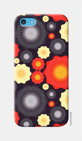 Geometric object pattern illustration iPhone 5c Cases | Artist : Designerchennai