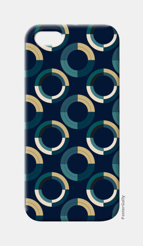 Fashionable 3d circle pattern iPhone 5 Cases | Artist : Designerchennai