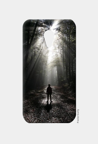 Moto G2 Cases, Alone 001 Moto G2 Cases | Artist : Richard Howardson, - PosterGully