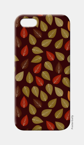 Seamless pattern with multicolored leaf on dark background iPhone 5 Cases | Artist : Designerchennai