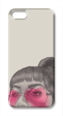 Betty With The Glasses iPhone SE Cases | Artist : Anniez Artwork