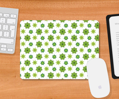 Green star Pattern Mousepad | Artist : Delusion