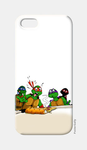 iPhone 5 Cases, Ninja Turtles - Pizzaaa!! iPhone 5 Cases | Artist : Paul D' Rozario, - PosterGully
