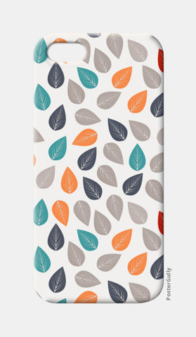 Seamless pattern with multicolored leaf on light background iPhone 5 Cases | Artist : Designerchennai