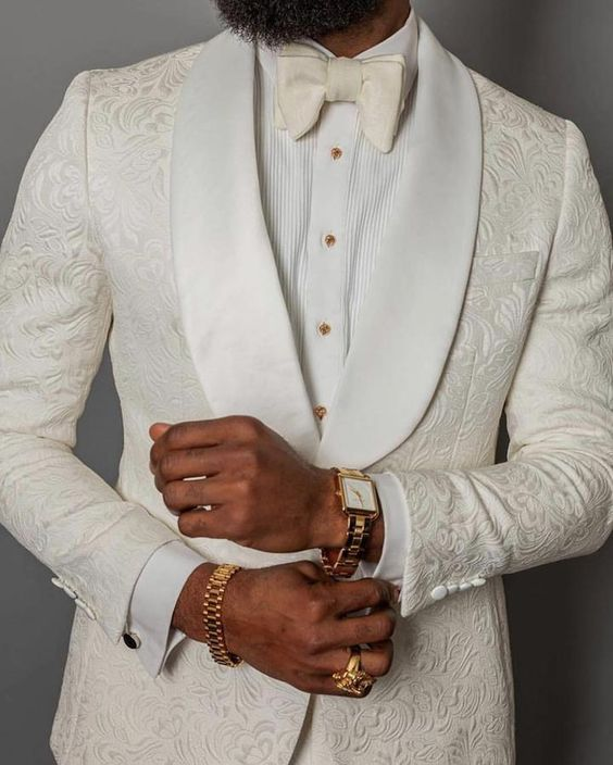 Mens White Paisley Suit. Three Piece.