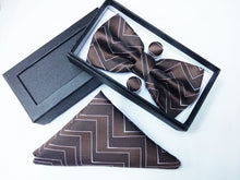 Load image into Gallery viewer, Bow-tie and Pocket square set