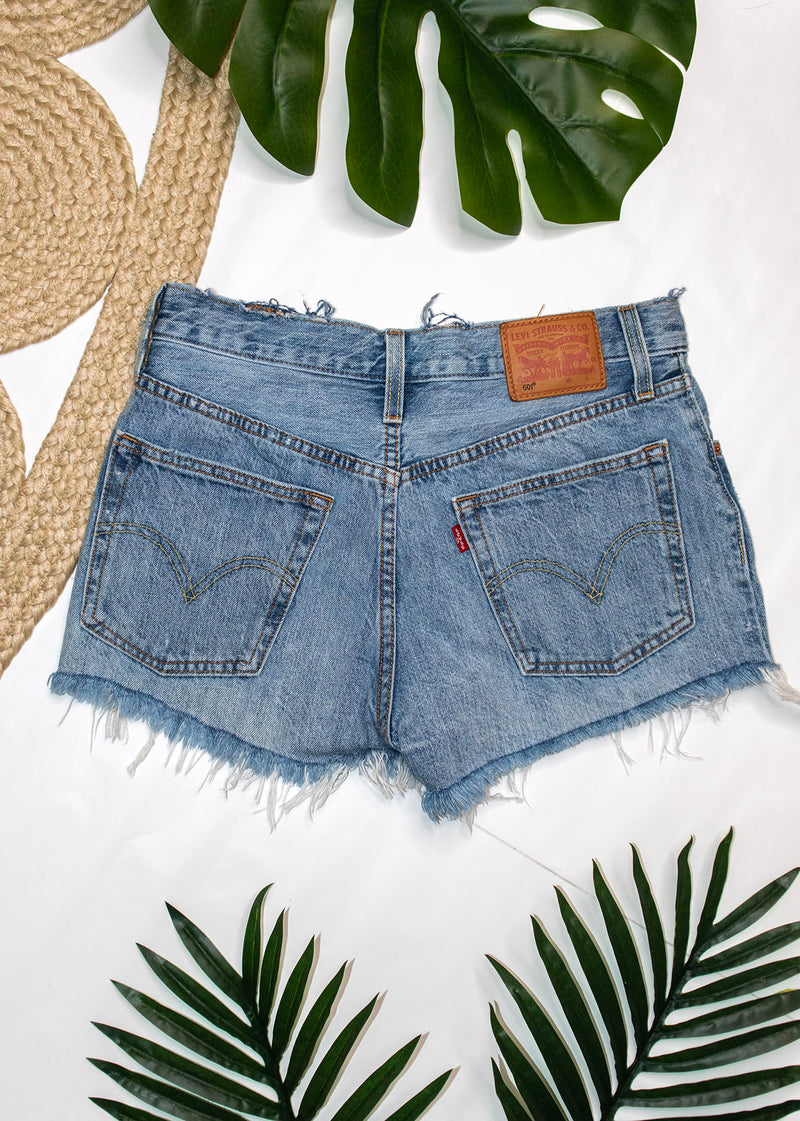 Levi's 501 Light Wash- 27