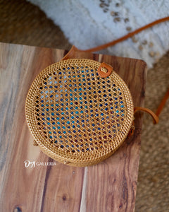 Net Handwoven Round Rattan Bag (DENPASAR BAG)