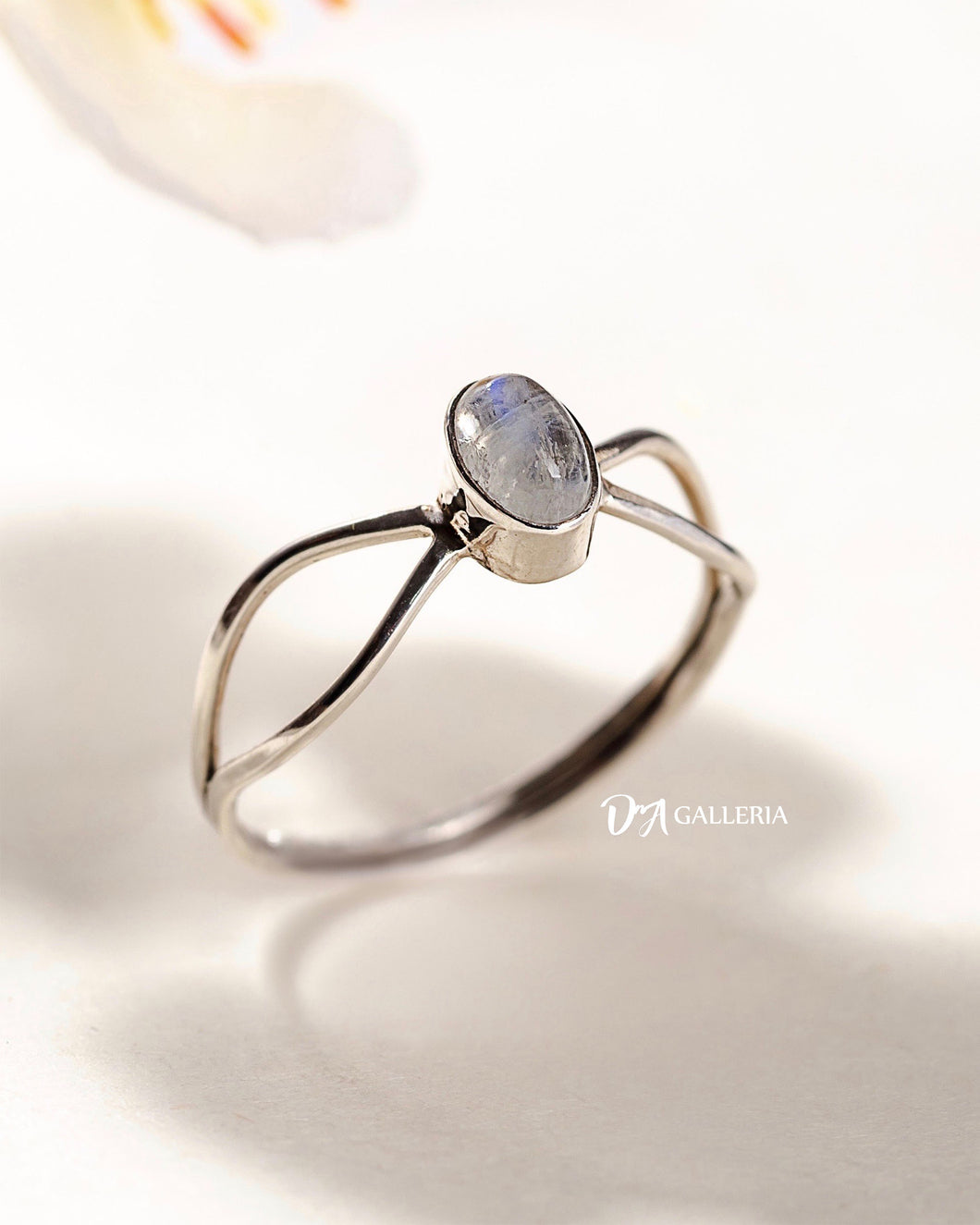 Rainbow Moonstone Ring (JR00026)