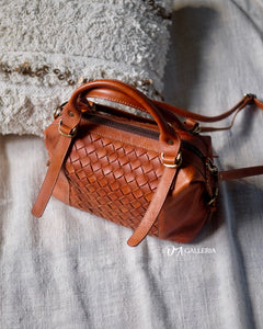 Authentic Leather Crossbody Bag (SINGKAWANG BAG)