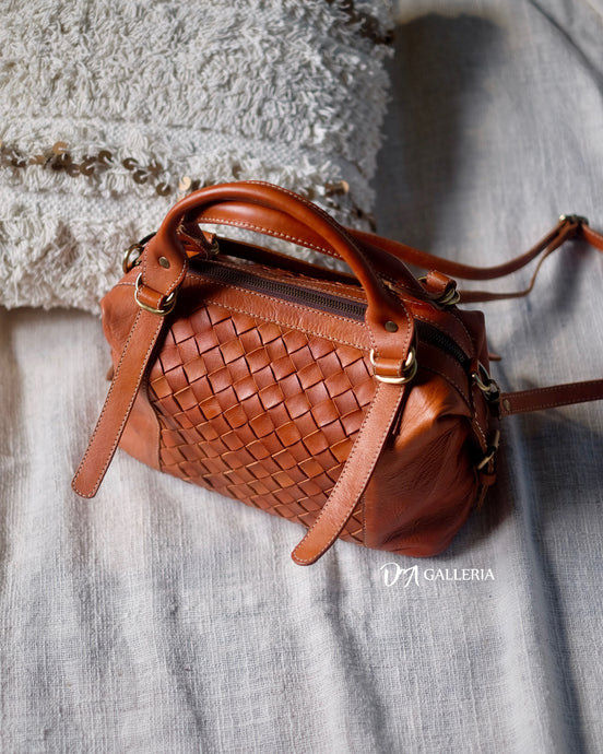 Authentic Leather Crossbody Bag (HL00018)