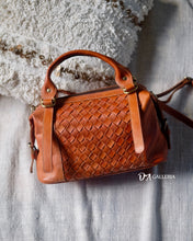 Load image into Gallery viewer, Authentic Leather Crossbody Bag (SINGKAWANG BAG)