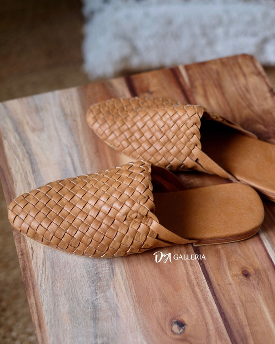 Handwoven Leather Loafer (TOBA LOAFER)