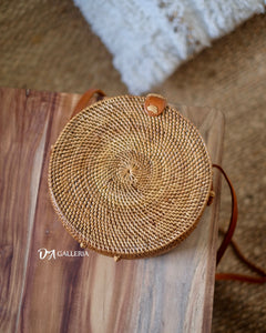 Natural Handwoven Round Rattan Bag Bali (HR00001)