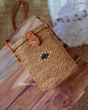 Load image into Gallery viewer, Basket Handwoven Rattan Bag Bali (HR00031)