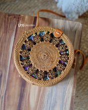 Load image into Gallery viewer, Coconut Shell Rattan Bali Bag (HR00010)