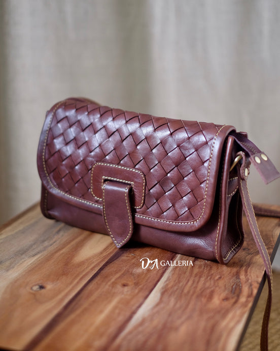 Authentic Leather Crossbody Bag (HL00003)